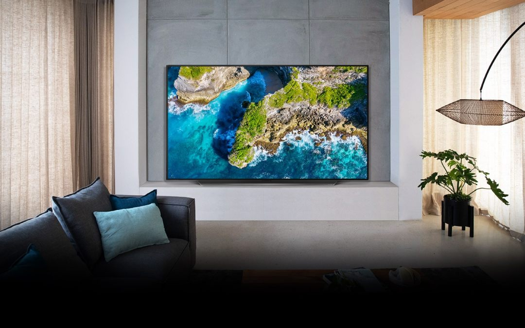 LG OLED RECOGNIZED FOR DECADE OF TV INNOVATION AT 2021 EISA AWARDS