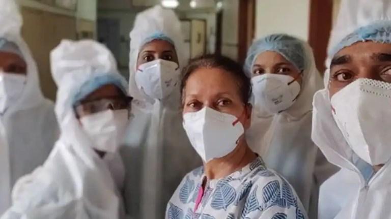 अनुभवी अभिनेत्री हिमानी शिवपुरी ने COVID-19 निदान के बाद अस्पताल से छुट्टी दे दी