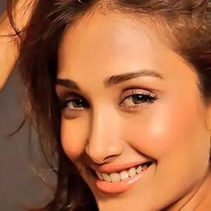 جیا خان کی 32 ویں یوم پیدائش: شائقین نے نشان آباد اداکارہ کو یاد کیا !