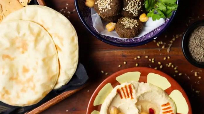 958679 opa ओपा! बार और कैफे एक शानदार विस्तृत भोजन मेनू के साथ अपने दरवाजे खोलता है   संस्कृति समाचार