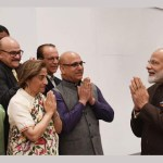 Modi meets Kashmiri Pandits in Houston, assures them of new Kashmir