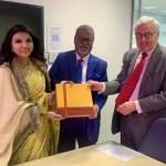 UK EC Chair praises Bangladesh's biometric voter ID, EVM