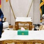 PM Hasina pays courtesy call on President Hamid