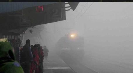 Foggy morning in Delhi, 27 trains delayed