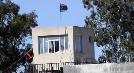 Some 400 prisoners escape prison in Tripoli chaos