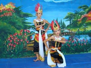 Example report text Kukilo dance