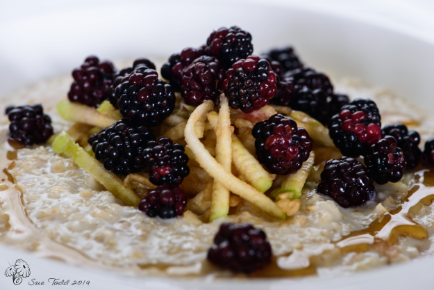 Porridge with grated apple and blackberries © Sue Todd 2014