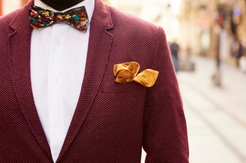 Vintage suit with boat tie