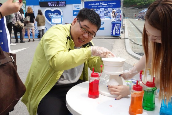 Scenes from Kangnam University's spring festival (PHOTO: Charles Ian Chun)