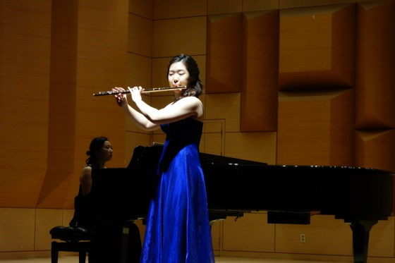Student Jang Bo-yoon performs Taffanel's Grande fantaisie sur mignon at the Kangnam University Department of Music 2013 Graduation Orchestral Concert, Heo Eun-yeol (piano), 14 Nov 2013. (Photo: Charles Ian Chun)