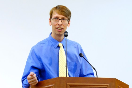 Kangnam University Department of Liberal Arts instructor and English Ministry preacher Erik Turkelson invites questions about the day's sermon at the first official English-language service October 5 on the 4th floor auditorium in Wooweon Hall.(Photo: Charles Ian Chun)