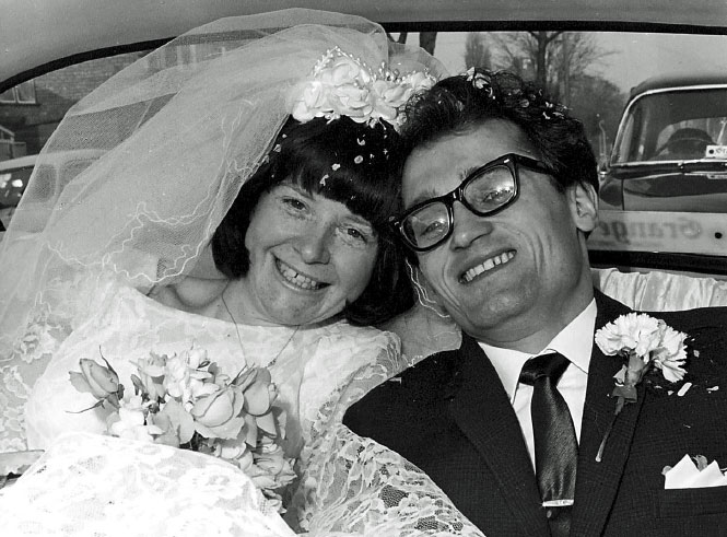 Pauline and Harry on their Wedding Day in 1966