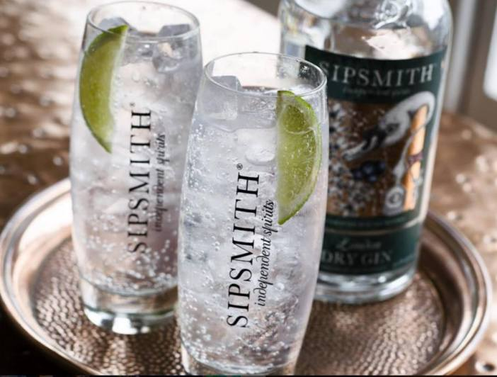 Sipsmith Gin and Tonic garnished with lime / Sipsmith Facebook