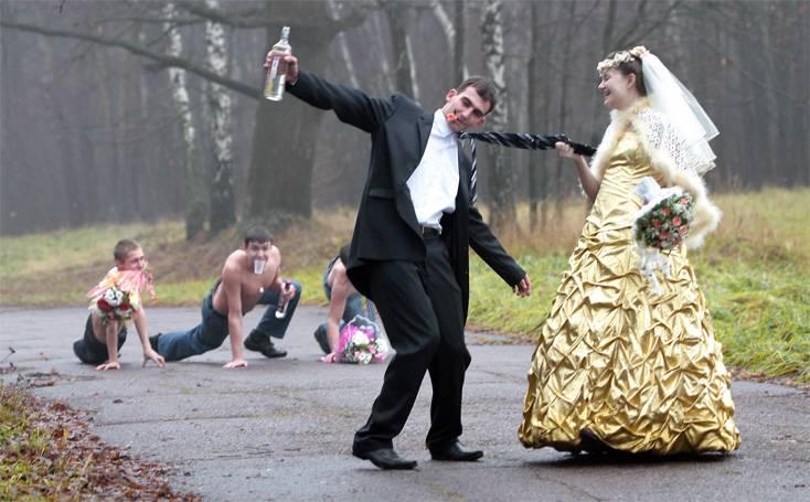 https://i2.wp.com/englishrussia.com/images/fall_wedding.jpg