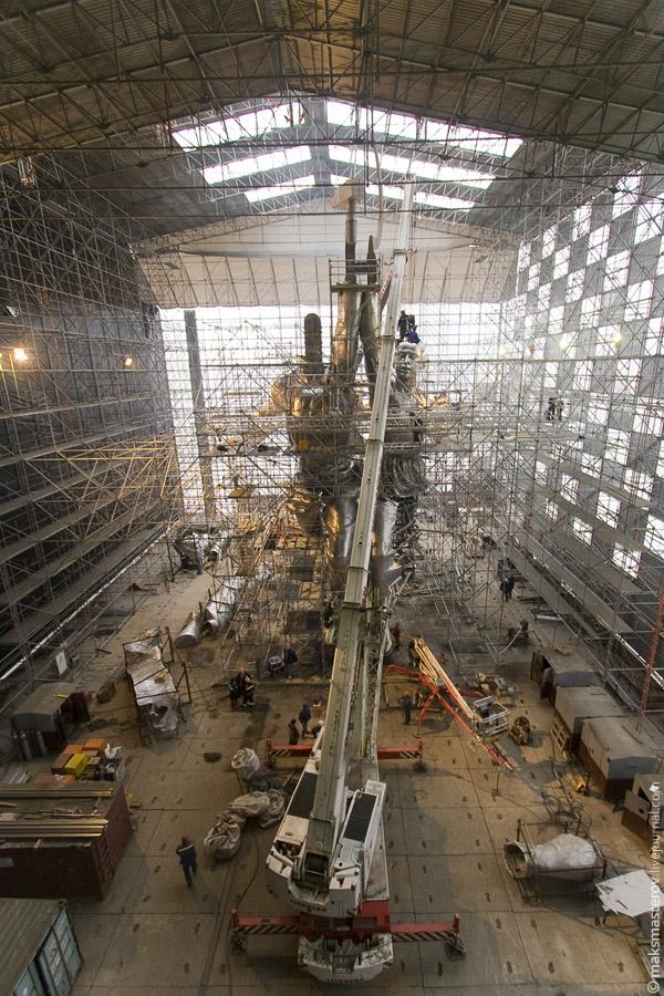 Reconstrucción actual de la estatua con otros materiales