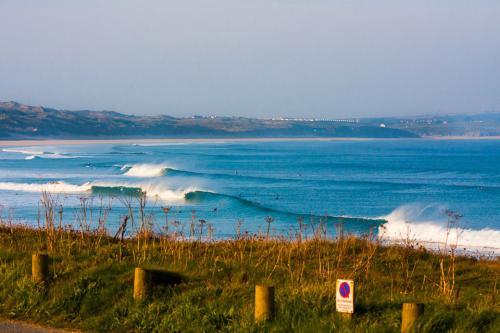 gallery-surf-coaching-weekend-waves-6