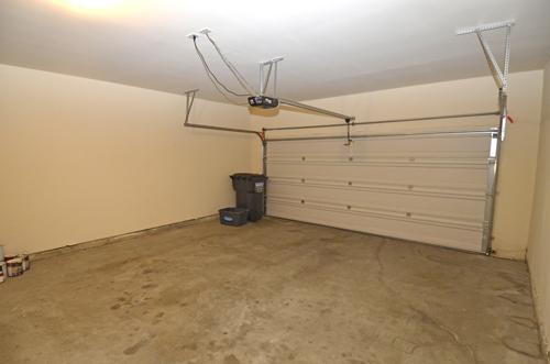 18 Garage