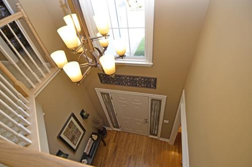 34 Foyer overhead