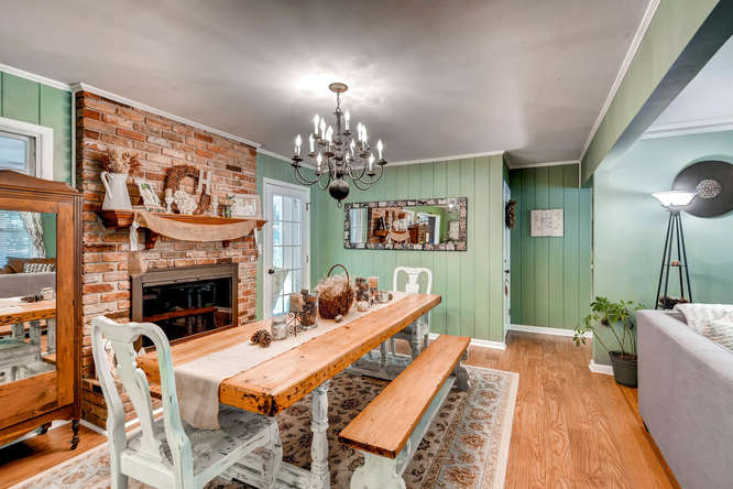 2299-winding-woods-tucker-ga-small-007-5-dining-room-666x445-72dpi