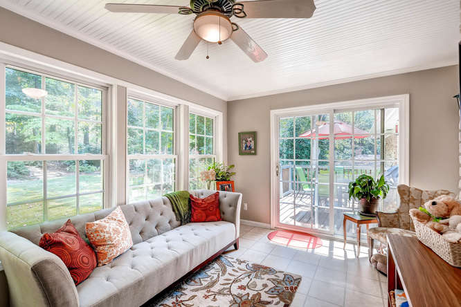 2299-winding-woods-tucker-ga-small-024-13-sunroom-666x444-72dpi
