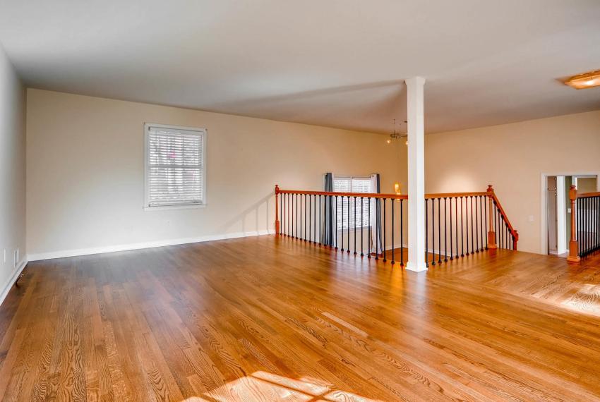 2587-cosmos-court-ne-atlanta-large-007-3-living-room-1500x1000-72dpi