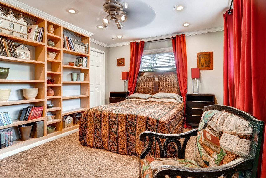 3226-leslie-lane-atlanta-ga-print-028-27-lower-level-bedroom-2700x1801-300dpi