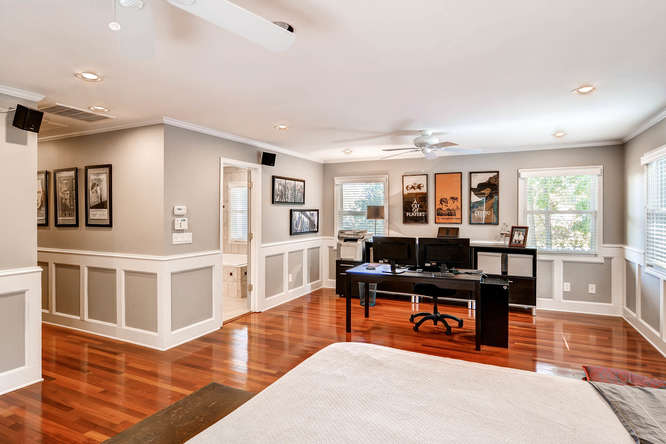 3226-leslie-lane-atlanta-ga-small-014-21-3rd-floor-master-bedroom-666x445-72dpi
