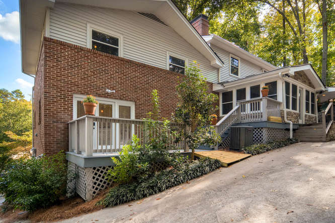 3226-leslie-lane-atlanta-ga-small-034-34-exterior-rear-666x445-72dpi
