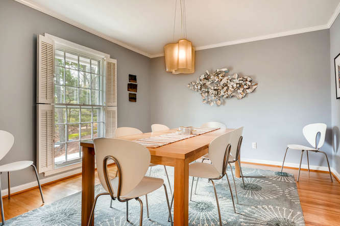 2646 Hawthorne Place NE-small-009-15-Dining Room-666x445-72dpi