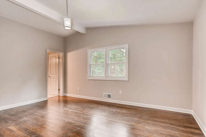 2045 Luxuria Court Tucker GA-small-019-31-2nd Floor Master Bedroom-666x445-72dpi