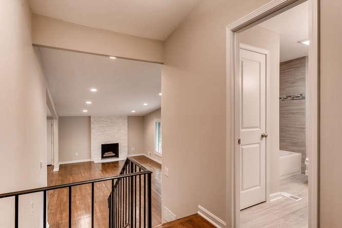 2045 Luxuria Court Tucker GA-small-028-38-2nd Floor Stairway-666x445-72dpi