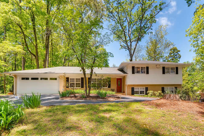 2638 Hawthorne Place NE-small-001-10-Exterior Front-666x445-72dpi