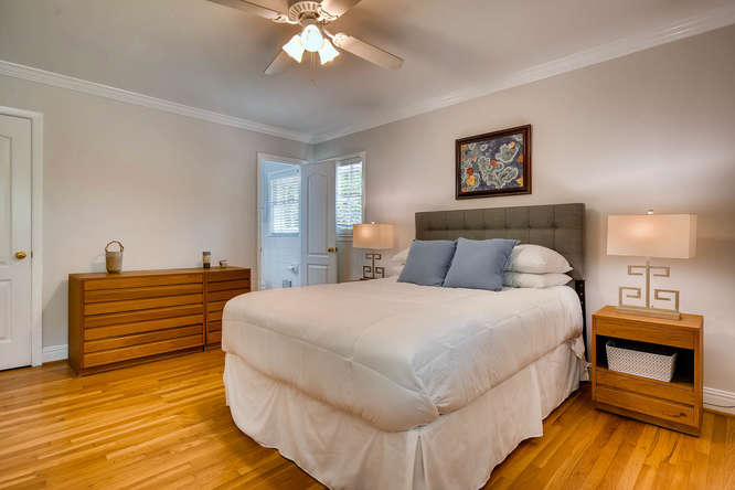 2638 Hawthorne Place NE-small-021-12-2nd Floor Master Bedroom-666x445-72dpi
