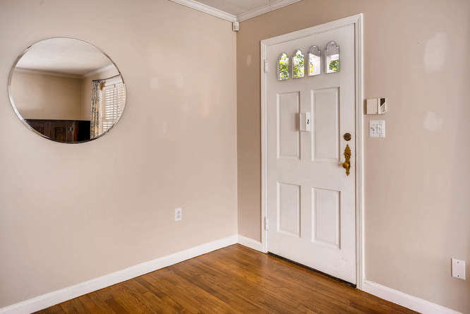 3154 Briarcliff Way NE Atlanta-small-006-2-Foyer-666x445-72dpi
