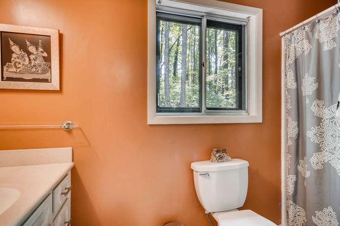 2391 Saint Andrews Court NE-small-026-19-Master Bathroom-666x445-72dpi