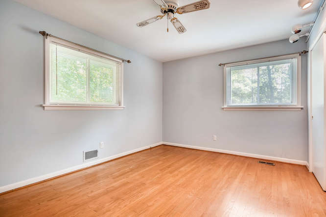 2528 Varner Drive NE Atlanta-small-018-5-Master Bedroom-666x445-72dpi