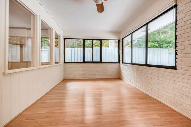 2528 Varner Drive NE Atlanta-small-031-27-Sunroom-666x445-72dpi