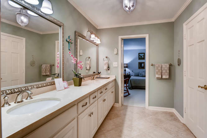 3186 Surgarplum rd Atlanta GA-small-021-18-2nd Floor Master Bathroom-666x445-72dpi