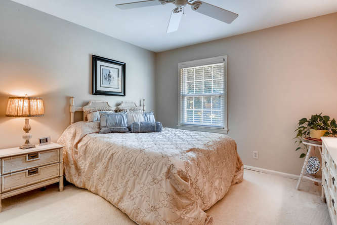 3186 Surgarplum rd Atlanta GA-small-024-11-2nd Floor Bedroom-666x445-72dpi