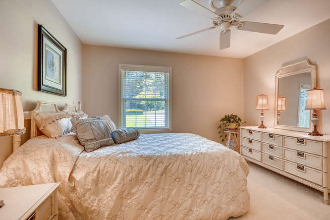 3186 Surgarplum rd Atlanta GA-small-025-17-2nd Floor Bedroom-666x445-72dpi