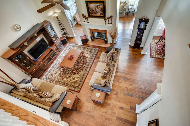 1590 Reserve Circle Decatur GA-small-015-19-Family Room-666x443-72dpi