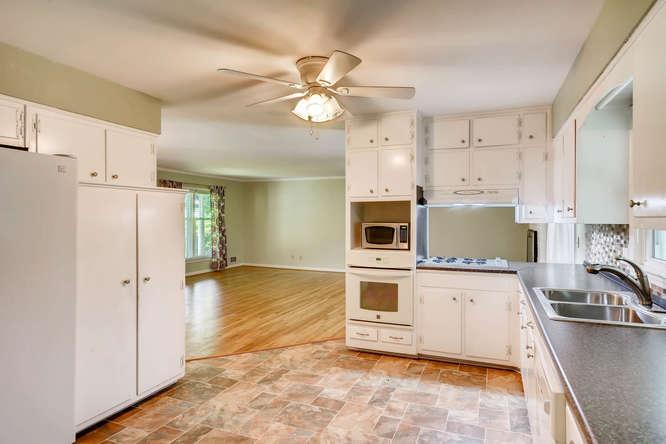 3239 Rehoboth Drive Decatur GA-small-013-40-Kitchen-666x445-72dpi