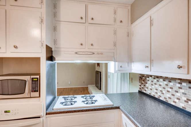 3239 Rehoboth Drive Decatur GA-small-016-27-Kitchen Detail-666x445-72dpi