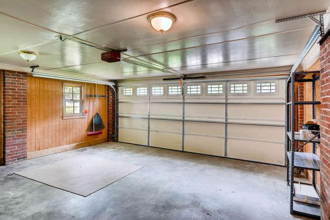 3239 Rehoboth Drive Decatur GA-small-036-36-Garage-666x445-72dpi