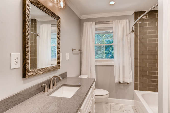 4260 Castle Pines Court Tucker-small-027-29-Bathroom-666x445-72dpi