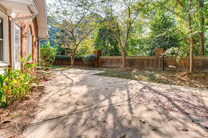 2438 King Ct NE Atlanta GA-small-036-43-Patio-666x445-72dpi