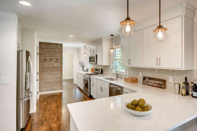 3002 Shenandoah Valley Rd NE-small-011-12-Kitchen-666x445-72dpi