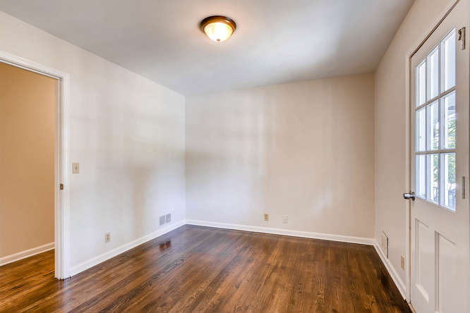 4001 Foxglove Rd Tucker GA-small-022-23-2nd Floor Bedroom-666x445-72dpi