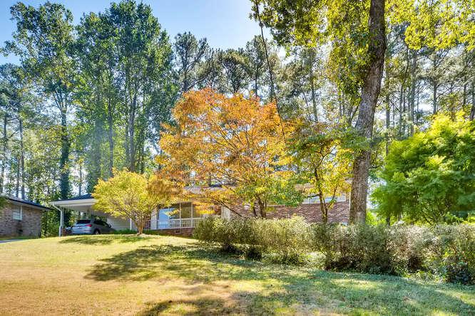 2518 Hazelwood Dr NE Atlanta-small-004-5-Exterior Front-666x445-72dpi
