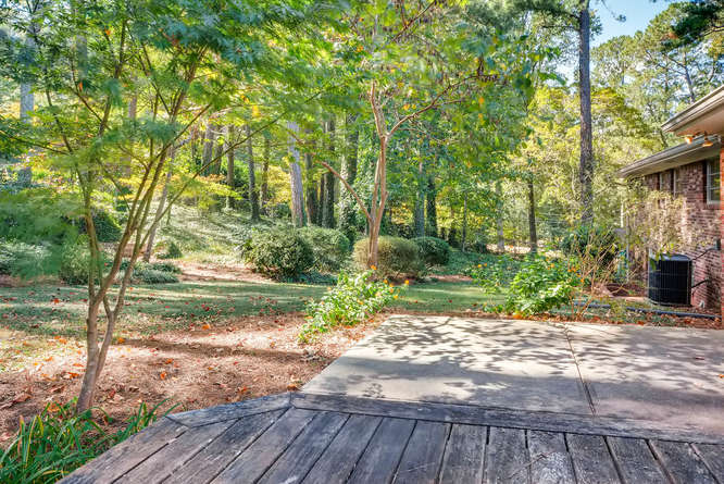 2518 Hazelwood Dr NE Atlanta-small-040-34-Patio-666x445-72dpi